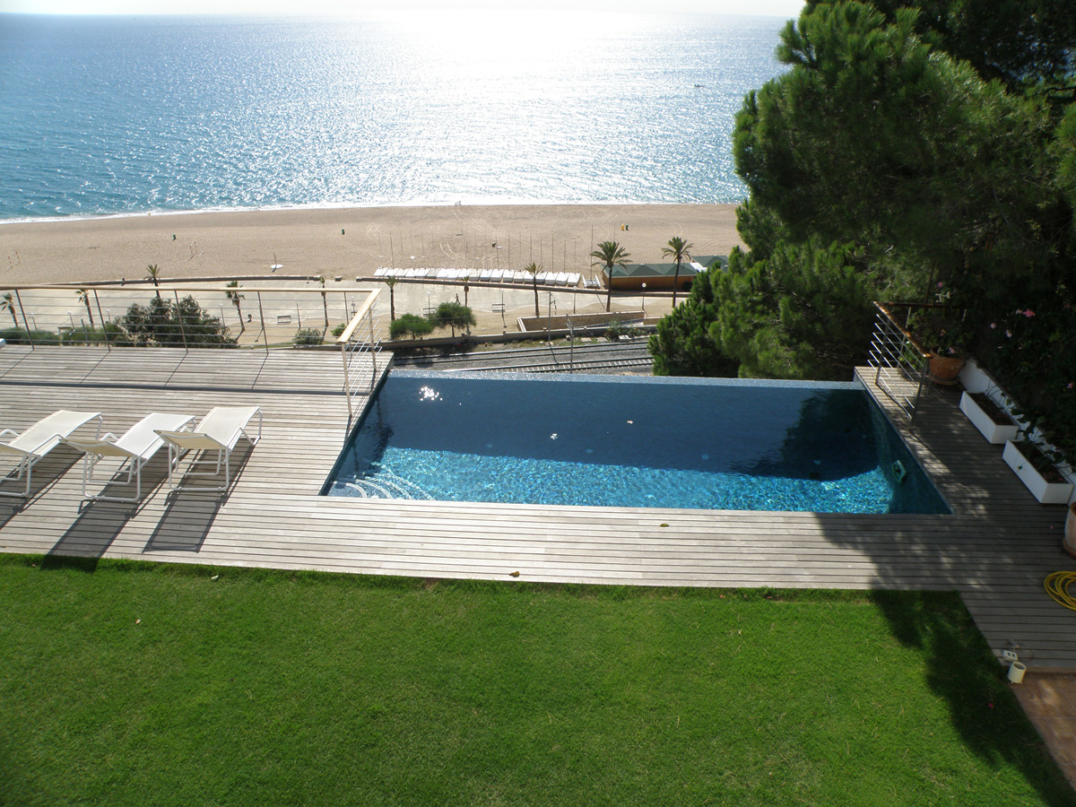 Contacte proyectos de jardineria en barcelona for Jardineria barcelona